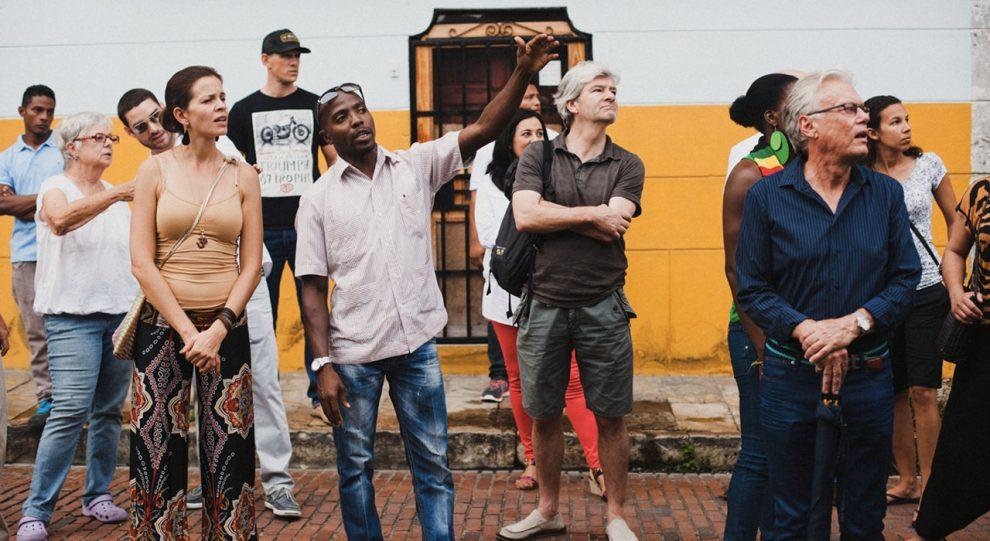 Esperanza-FortalezaTour-guide-gangs-panama-gentrification-social.jpg