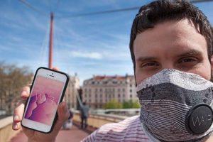 wair-pollution-fashionable-scarf-france-640x350