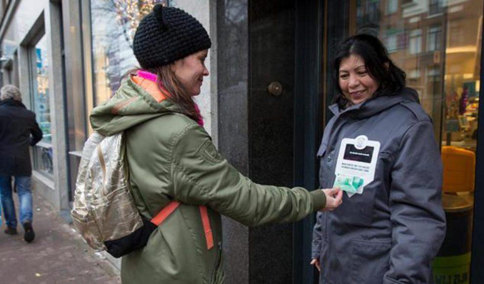 Homeless-jacket-pinjas