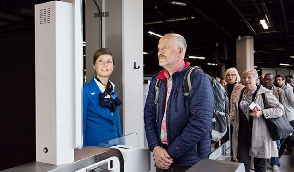 schiphol-klm-biometric-boarding